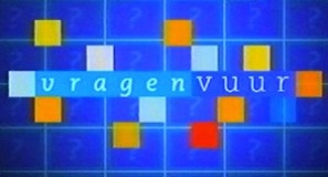 Logo van Vragenvuur uit 2001.